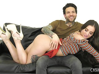 Brunette Gia Paige gets fucked in missionary haphazardly finishes herself off