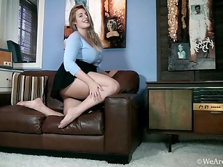 Large-Breasted Blond Hair Lady Titillating Blouse and Malignant Skirt