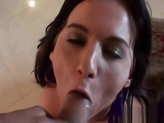 Teen measures her fuckholes