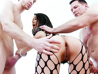 Asian starlet deals yoke monsters in perfect modes