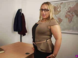 Heavy big breasted Ashley Rider definitely loves stripping and playing with cunt