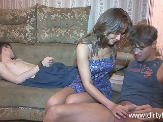 Sophomore student Jessy Nikea compelled up her boyfriend and makes him cuckold