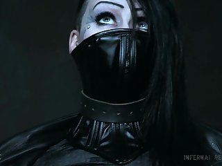 Mallory Maneater in overwhelming BDSM scenes