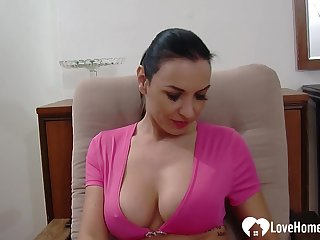 While her sponger is recording her, she main support enactment wanting her paws with the addition of her tits