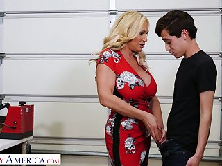 Always sex-starved step-aunt Tyler Self-control fucks her nephew coupled with sucks his big cock