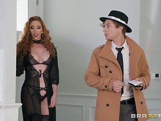 pretty Lauren Phillips has amazing ideas for reaching good orgasm