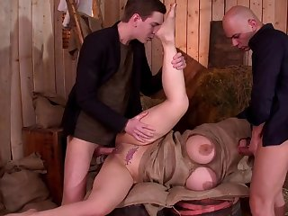Busty woman with respect to fucked in a harmful trio