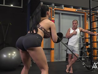 Aletta Bounding main - Exciting Gym Session