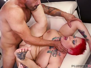 Chunky short haired MILF in tattoos porn video
