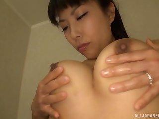 Erotic pussy pleasuring in the shower for pretty Sankihon Nozomi