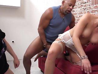 Slutty Wifey Wants To Concerning Black Dick