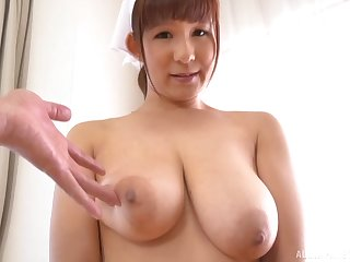 Busty Sakurano Yuina shows off her boobs and sucks her suppliant dry